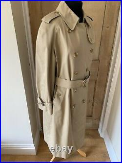 Genuine 1970s Vintage Classic Double Breasted Burberry Trench Coat Nova Prorsum