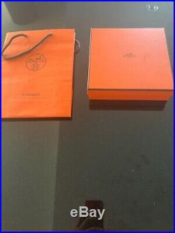 New. Authentic Hermes Belt Reversible With Buckle. Size 100 mm